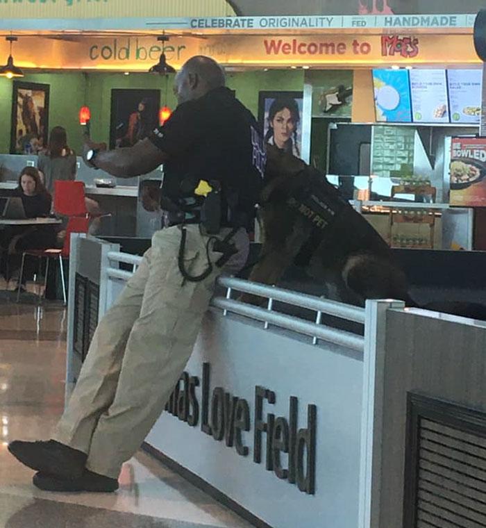 police officer dog selfies 3 5e4d07c28ca14 700